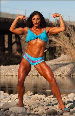 Latina Bodybuilder Photos
