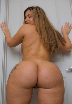 Huge Latina Ass Photos