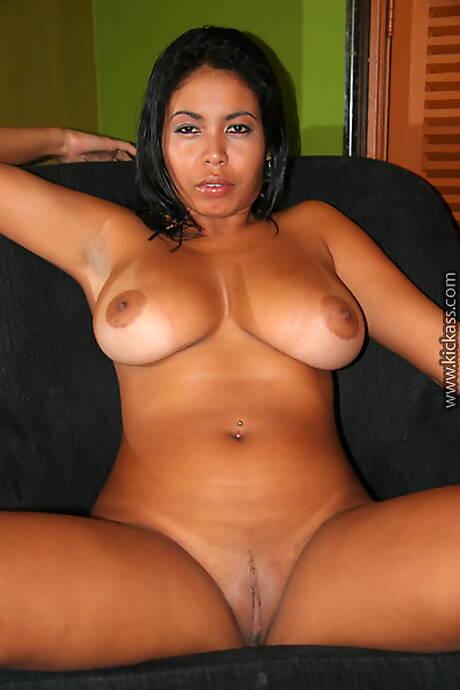 Latina Big Nipples Photos