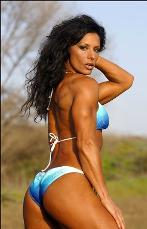 Latina Bodybuilder Photos