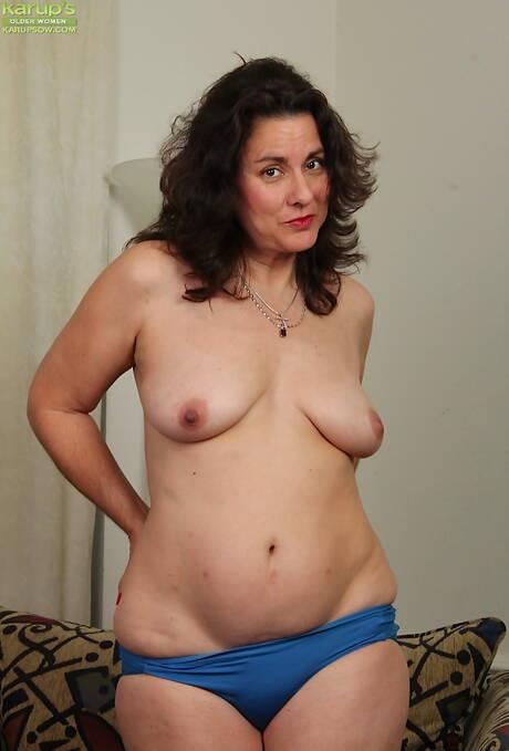Latina Mature Photos